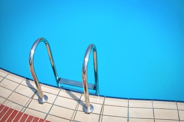 Jak uložit bazén k zimnímu spánku